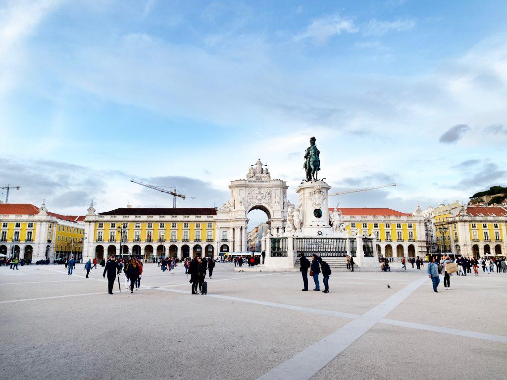 Solo travel Lisbon